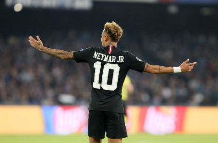 Was soll man da machen? PSG-Superstar Neymar.