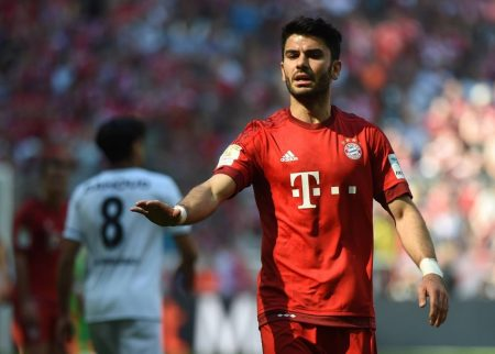 Serdar Tasci half 2016 beim FC Bayern aus.