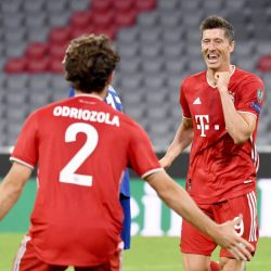 Lewandowski thrashes Chelsea